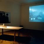 KRIEGSJAHREInstallation (Video, Objekte, Stills), Galerie Carlier/ Gebauer, Berlin